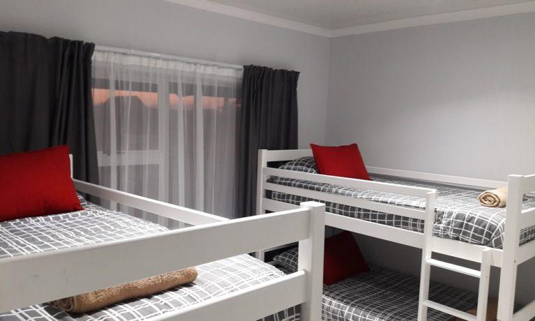 Ingwe Self Catering Unit Bedroom1