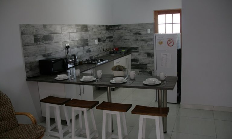 Ngonyama Self Catering Unit Kitchen